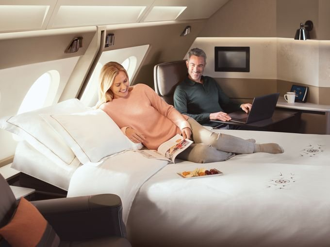 Singapore Airlines Suites Class cabin full-size bed photo